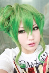 Sale! Vocaloid Gumi medium 45cm long wavy curly cosplay wig with bun yellow green ombre colors cosplay wig